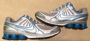 Women's Nike Quality+ Running Shoes Size 9.5