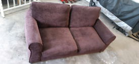 2 SEATER SETTEE / SOFA BED