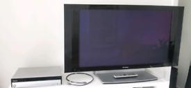 Pioneer PDP-436PE Plasma TV and PDP-R06XE Media Receiver