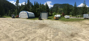 House, 4 Car with 4.76 Acres and Income from 7 Buildings Revelstoke British Columbia image 9