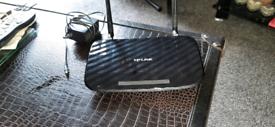 TP LINK AC 750 GIGABIT DUAL BAND ROUTER