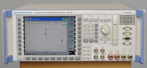 Rohde & Schwarz CMU200 Communications spectrum analyzer