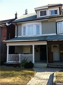 Furnished 3 Bed, 2 Bath Leslieville Home Available Dec 1