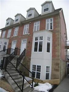 LOVELY 2 BEDROOM 1.5 BATH 2 LEVEL TOWNHOUSE IN CENTRAL HALIFAX!