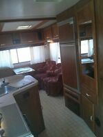 24ft foot 5th wheel extremly well maitaind and cared for