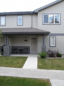 IMMEDIATE POSSESION-WEST SIDE 2 BEDROOM/2 BATH-ATTACHED GARAGE