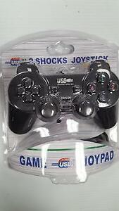 COMPUTER GAMING USB DUAL SHOCK JOYSTICK FOR WINDOWS PCS - WIRED - BRAND NEW $19