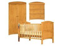 Henley Nursery Furniture Set in Antique