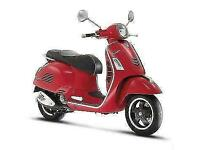 Vespa GTS125 Super in Passion Red, New Fresh Stock Free Local Delivery RRP 4700