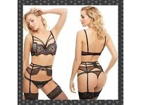 Between sheets Ann summers Bra, thong, suspender