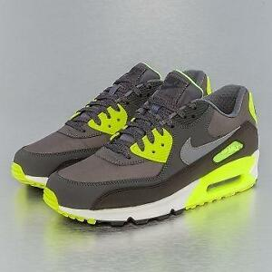 sale retailer e972c 3c188 Nike Air Max 90 Limited Edition