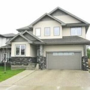 Beautiful Executive Home for rent in the Lakes in Morinville!