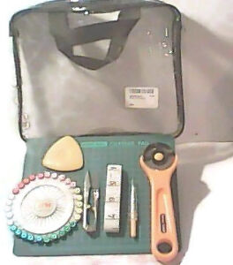 Sewing/Hemming/Quilting Supply Kit