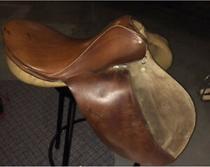 COURBETTE AP SADDLE