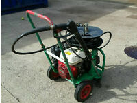 HONDA PETROL PRESSURE WASHER VERY POWERFULL AND IN PERFECT WORKING ORDER £1500 NEW