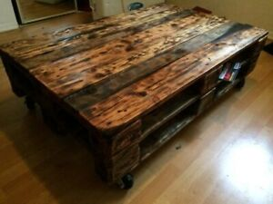 *NEW* Wooden palette coffee table on caster wheels