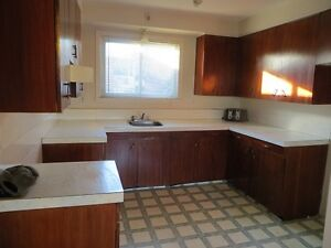 Area Lennoxville  5pcs Heated and Hot Water Included