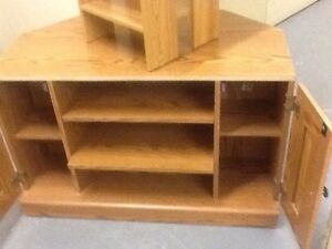 TV stand/cabinets (holds up to 240 lb), bath scale Kitchener / Waterloo Kitchener Area image 4