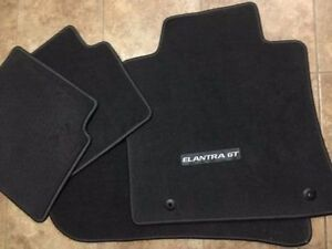 Hyundai Elantra new set of carpet floor mats