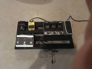 MIX OF PEDALS AND BOARDS