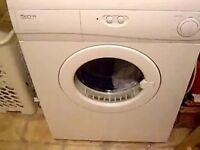 Tumble dryer vented in white