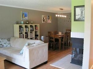 BEAUTIFUL South West - 2 Bedroom - Ravine Access - Avail NOW! Edmonton Edmonton Area image 5