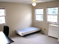 Master bedroom for rent close to UW available Jan2016