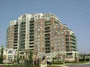 Rare To Find! Attention Investors! Luxury Penthouse W/Unobstruct