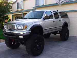 WANTED tacoma double cab 4x4