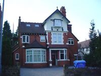 10 Bed House in Moseley - 2 Rooms Available from August