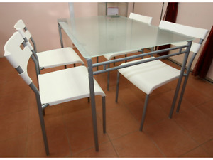 Great Apartment Size IKEA 4 Person Dining Set