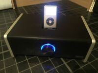 Ipod Classic 7th Generation 160GB , inducing a GRIFFIN docking station