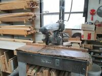 De Walt Commercial Cast Iron Radial Arm Saw