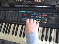 LOWREY LK800 Electronic Keyboard - Very good condition
