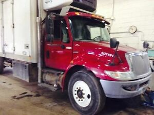 2010 International 4300 4x2, Used Reefer Van