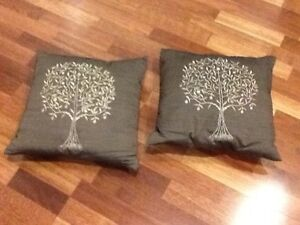 Red and Brown Cushions X 4 Bertram Kwinana Area Preview