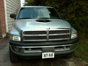 2001 Dodge Power Ram 1500 slt Pickup Truck