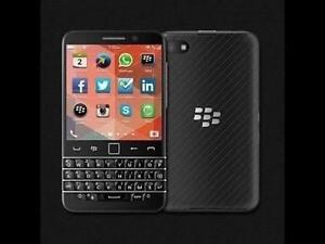 BLACKBERRY CLASSIC Q20 16 GB UNLOCKED BRAND NEW SEALED IN BOX
