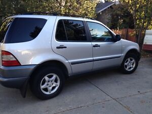 Mercedes-Benz M-Class AWD FULLY LOADED HEATED SEATS $3400 OBO