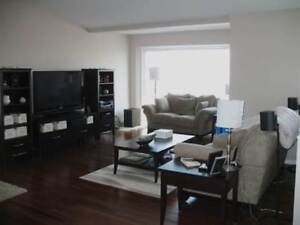 Unique 2 Bed, 2 Bathroom Apartment with View and Garage