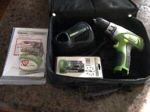 Power smith 12v drill set