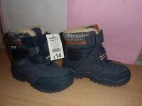 bnwt boys boots size 10