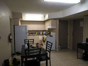 SUMMER SUBLET MAY 2017 - AUGUST 2017 ONE MONTH FREE