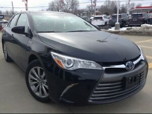 *** 2017 Toyota Camry Hybrid For SALE By Owner ***