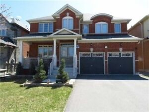 Detached Home in Aurora /4 Bedroom 4 Bathroom/ Avail Asap
