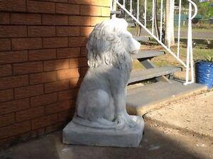Large lion statue Eight Mile Plains Brisbane South West Preview