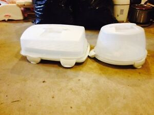Cake/Cupbake Containers.