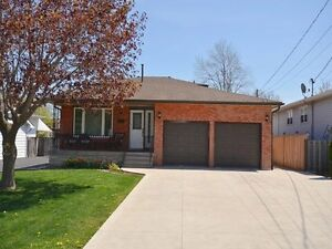 RENT IS ALL INCLUSIVE!!! 3 BR, LARGE YARD, LOWER STONEY CREEK!!!