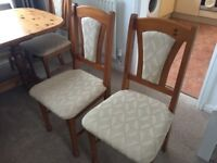 solid pine extendable dining table and 6 chairs