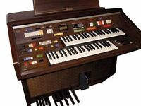 TECHNICS Electronic Organ Technic PCM Sound E33 Vintage Piano keyboards for church, home or theatre.